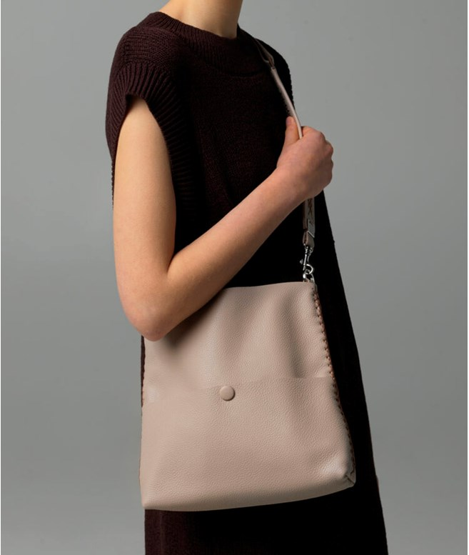 Odora Vera Slim Messenger Callista Crafts NEW